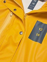 Twelve Sixteen - Rain Jacket women - manteaux de pluie - yellow - 2