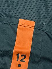 Twelve Sixteen - Jersey S/S Elite 09 spinn Men LTD. - t-shirts - black - 3