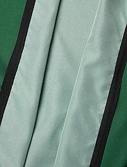 Twelve Sixteen - Jacket Elite 19 Micro Wind Men - sportsjakker - green - 4