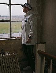 Twelve Sixteen - Normandie 8000 rain jacket - regnjakker - birch - 0