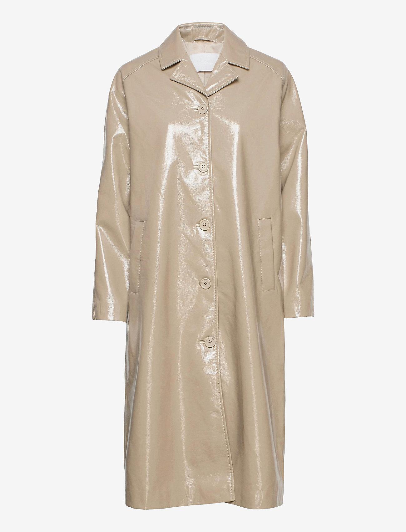 2NDDAY - 2ND Evan - light coats - winter twig - 0