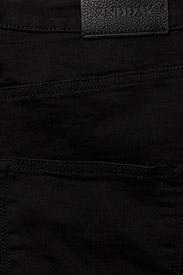 2ND Flasha Clean Black