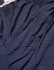 2NDDAY - 2ND Hunter ThinkTwice - blouses zonder mouwen - navy blazer - 3