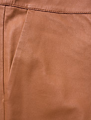 2NDDAY - 2ND Leya - leather trousers - mocha bisque - 2