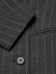 2NDDAY - 2ND Brook Pinstripe - getailleerde blazers - dark grey mel. - 3