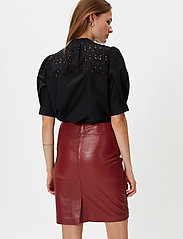 2NDDAY - 2ND Cecilia - pencil skirts - red pear - 3
