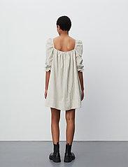 2NDDAY - 2ND Tiana Stripe - midi dresses - taos taupe - 3