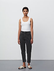2NDDAY - 2ND Farah ThinkTwice - mom jeans - un black denim - 4