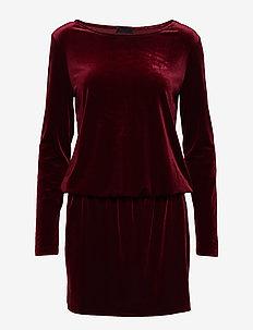 2ND Shelly - korte kjoler - winetasting
