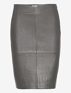 2ND Cecilia - midi skirts - understated black
