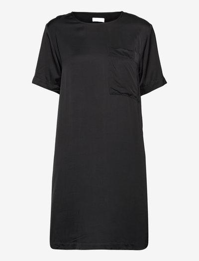 2ND Moon - Fluid Satin - everyday dresses - jet black