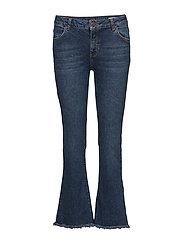 Janelle 864 Blue Mount, Jeans