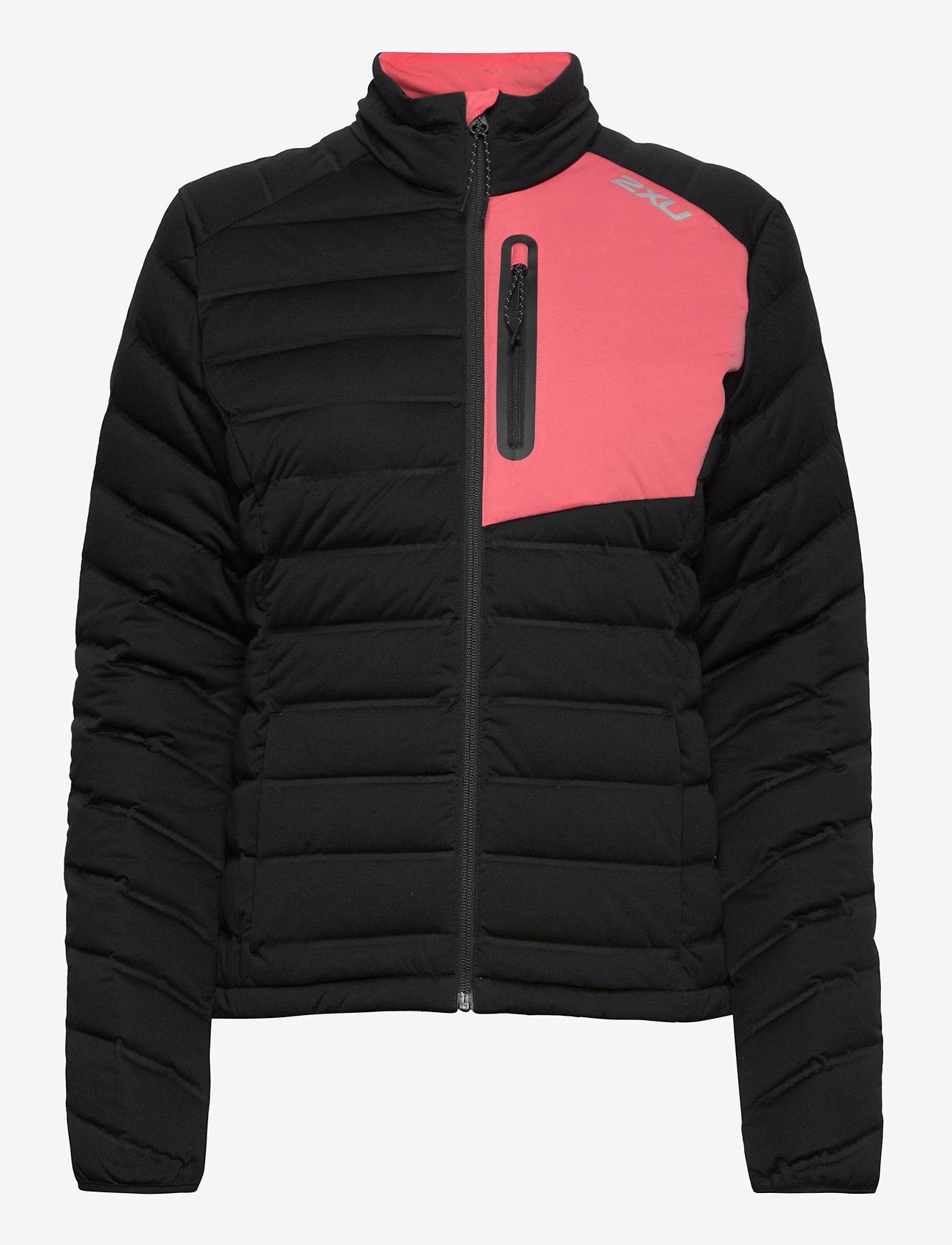 2XU - PURSUIT Insulation Jacket-W - träningsjackor - black/pink lift - 1