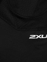 2XU - Compression Tank-W - linnen - black/black - 2