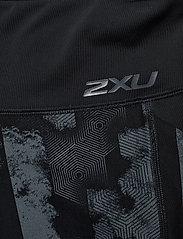 2XU - Mid Rise Pocket Comp Tight-W - compression tights - geo stripe/turbulance - 2