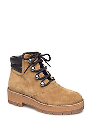 DYLAN - LACE UP HIKING BOOT - OAK