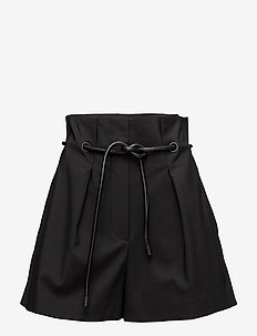 Origami-pleated short - BLACK