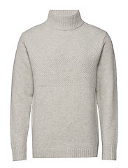 Tyr Sweater - VERY LIGHT GREY
