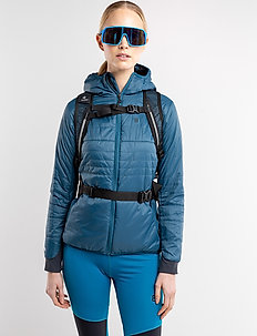 Theresia W Primaloft - insulated jackets - reflecting pond