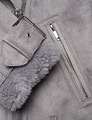 Abercrombie & Fitch - ANF WOMENS OUTERWEAR - faux fur - med grey flat - 4