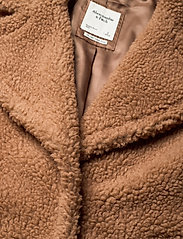 Abercrombie & Fitch - ANF WOMENS OUTERWEAR - faux fur - light brown dd - 2