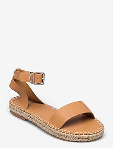 ANF WOMENS ACCESSORIES - lage espadrilles - camel