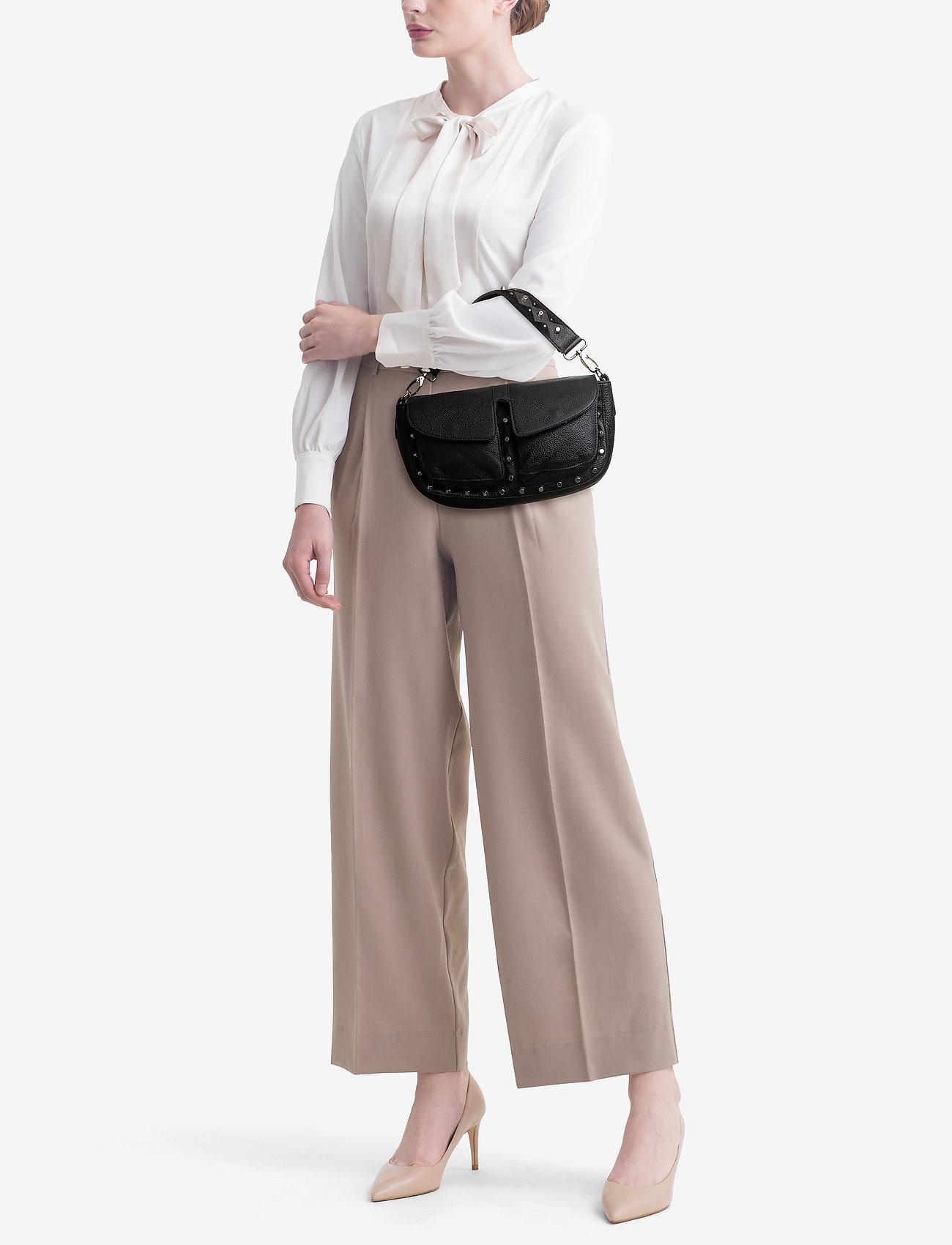 Adax - Shoulder bag Emily - olkalaukut - black