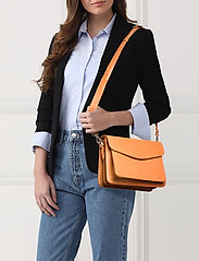 Cormorano shoulder bag Thea