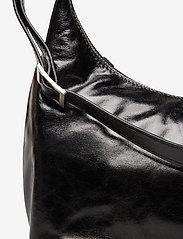 Adax - Salerno shoulder bag Robbie - handväskor - black - 3