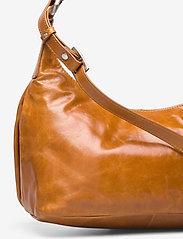 Adax - Salerno shoulder bag Robbie - handväskor - cognac - 3