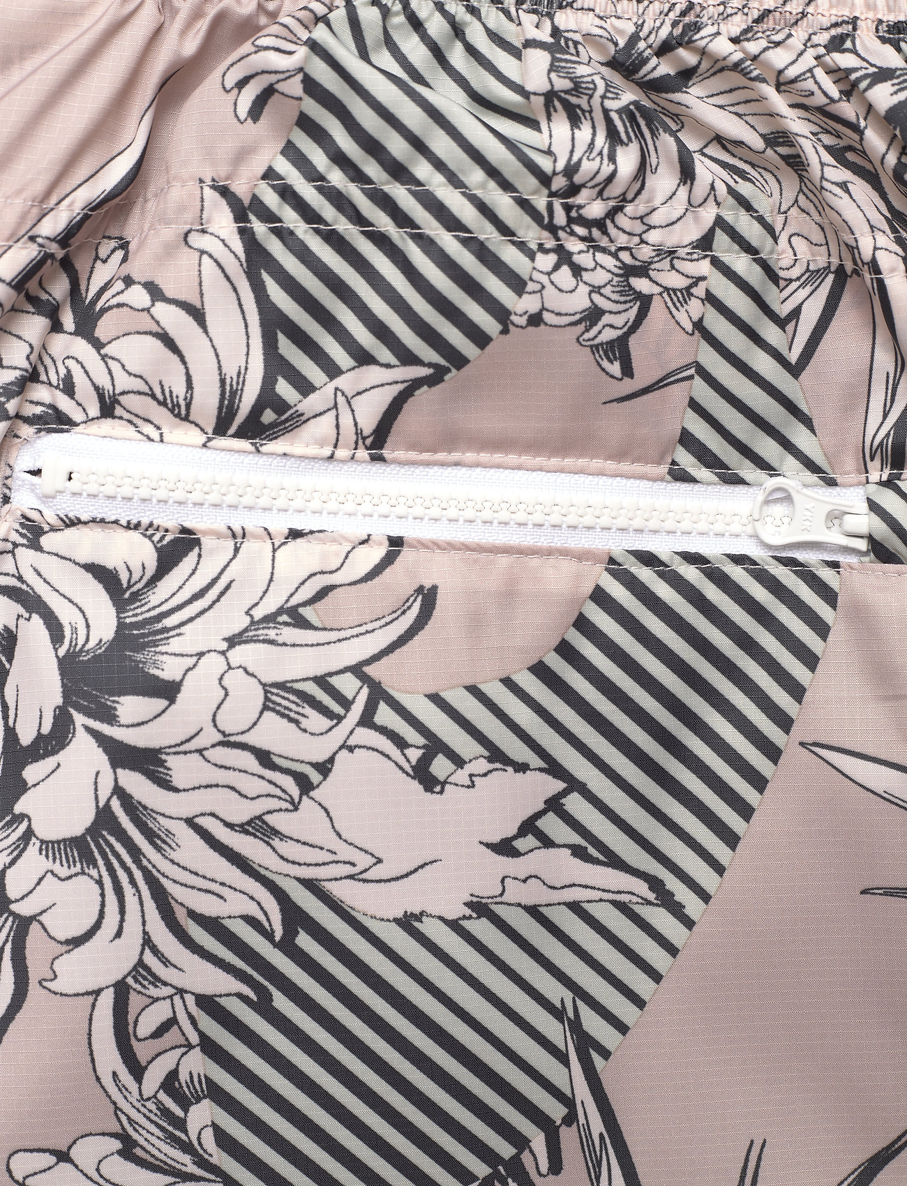 adidas by Stella McCartney - Future Playground Woven Pants W - sports pants - pnktin/talc/pearos/bl - 4