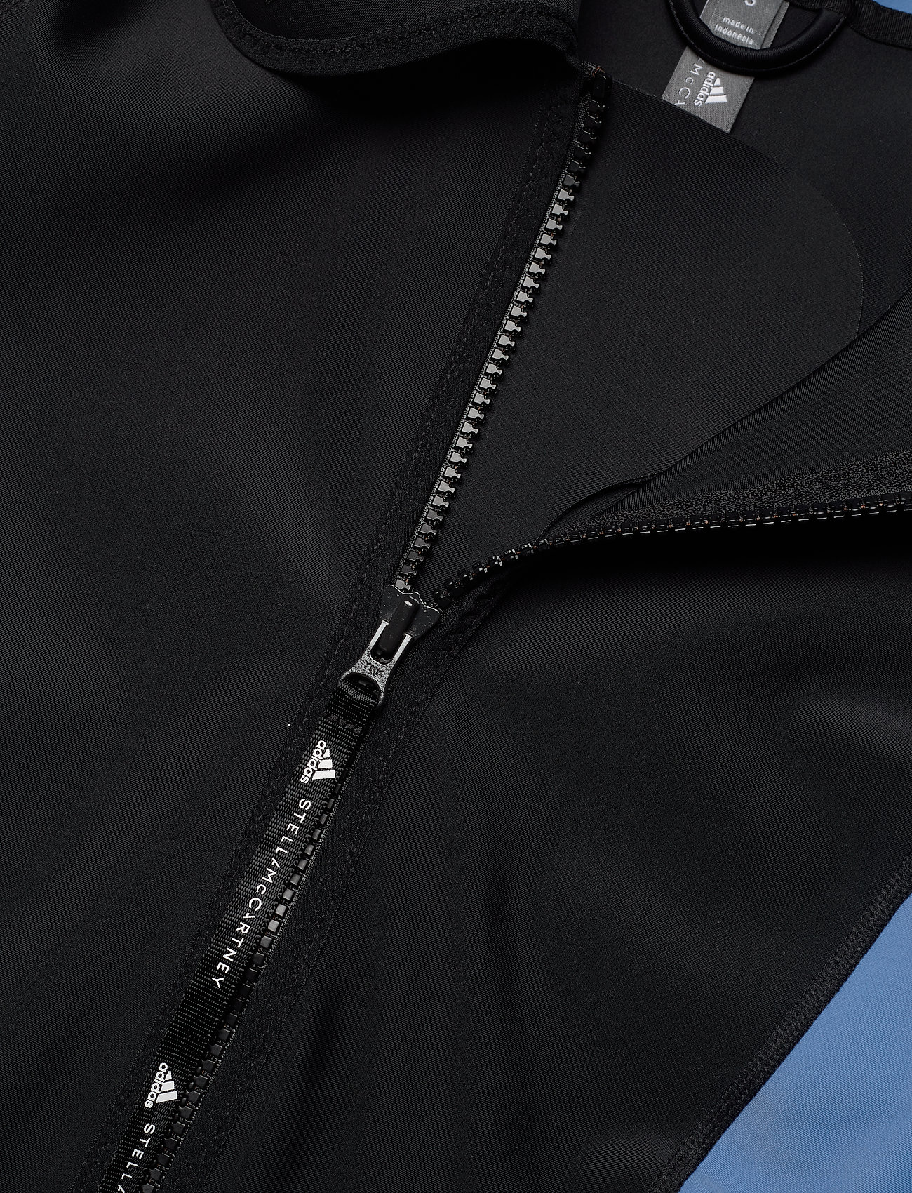 adidas by Stella McCartney - BeachDefender Midlayer Jacket W - sweatshirts & hoodies - black/stoblu - 5