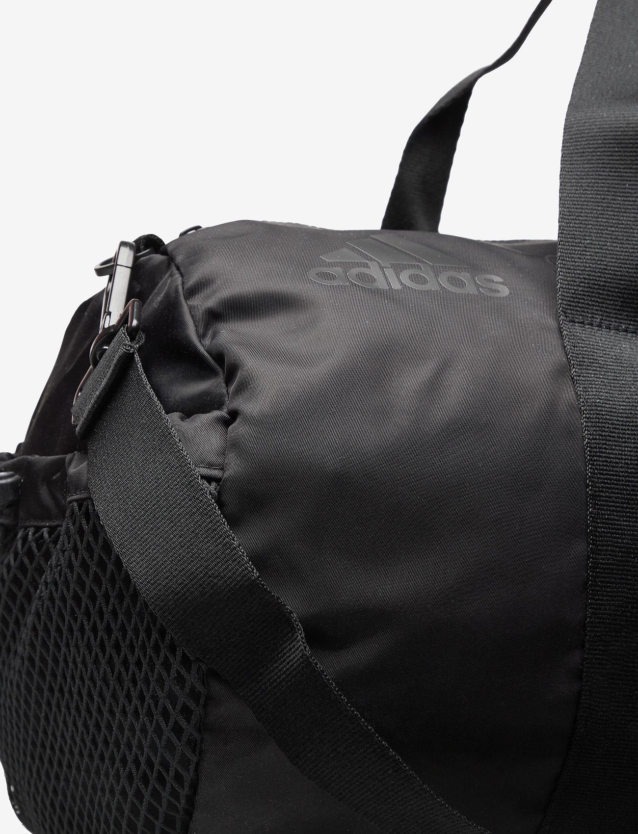 adidas by Stella McCartney - Round Studio Bag W - gym bags - black/sofpow - 3