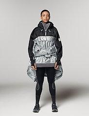 adidas by Stella McCartney - URBXTR PULLON - koulutustakit - black/metsil - 0