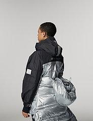 adidas by Stella McCartney - URBXTR PULLON - träningsjackor - black/metsil - 4