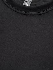adidas by Stella McCartney - Future Playground Cropped T-Shirt W - toppe og t-shirts - black - 6