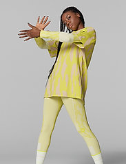 adidas by Stella McCartney - Future Playground T-Shirt W - t-shirts - aciyel/pearos - 5