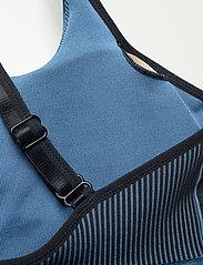 adidas by Stella McCartney - TruePurpose Seamless Bra W - sport bras: low support - stoblu/black - 6