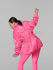 adidas by Stella McCartney - Half-Zip Mid-Length Jacket W - koulutustakit - sopink - 4