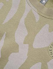 adidas by Stella McCartney - Sweatshirt W - sweatshirts & hoodies - clay/dovgry - 3