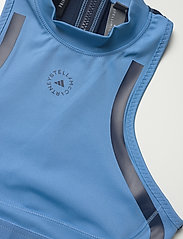 adidas by Stella McCartney - TruePace HEAT.RDY Primeblue Crop Top W - tops & t-shirts - stoblu/conavy - 5