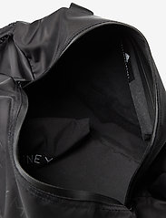 adidas by Stella McCartney - Round Studio Bag W - reistassen - black/sofpow - 4