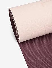 adidas by Stella McCartney - Yoga Mat W - yogamatten & uitrusting - pearos/maroon - 2