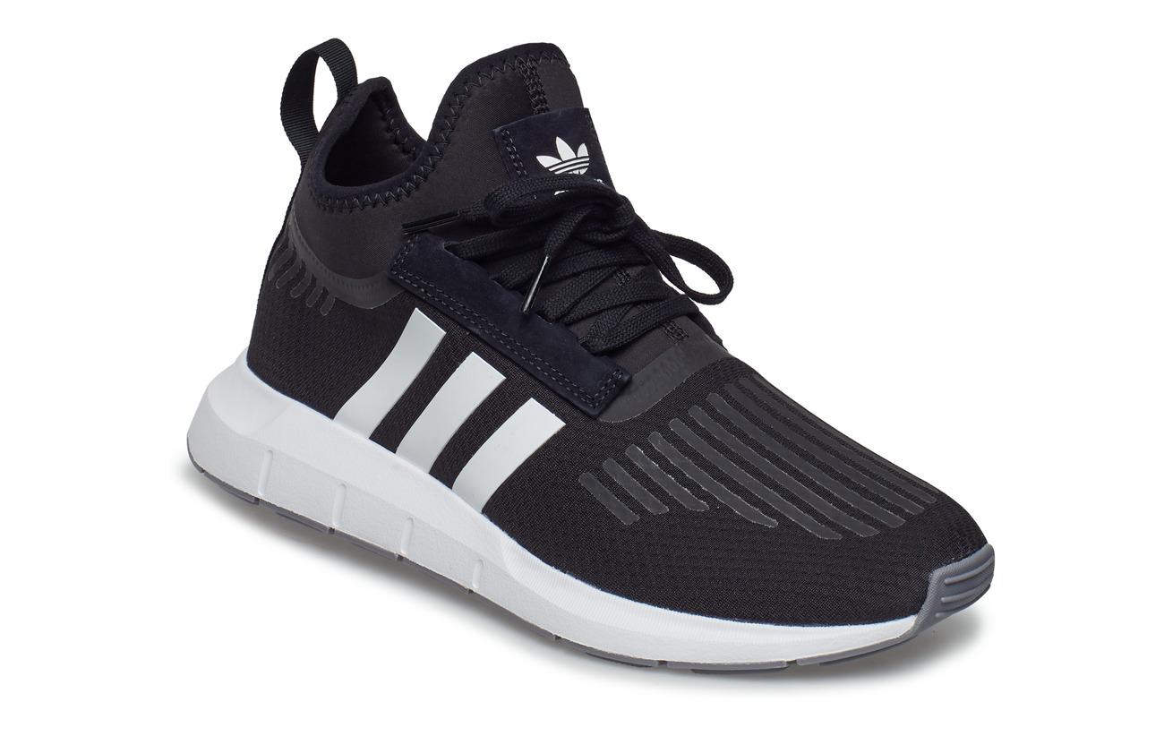 069d22b9a20 Swift Run Barrier (Cblack ftwwht grey) (59.97 €) - adidas Originals ...