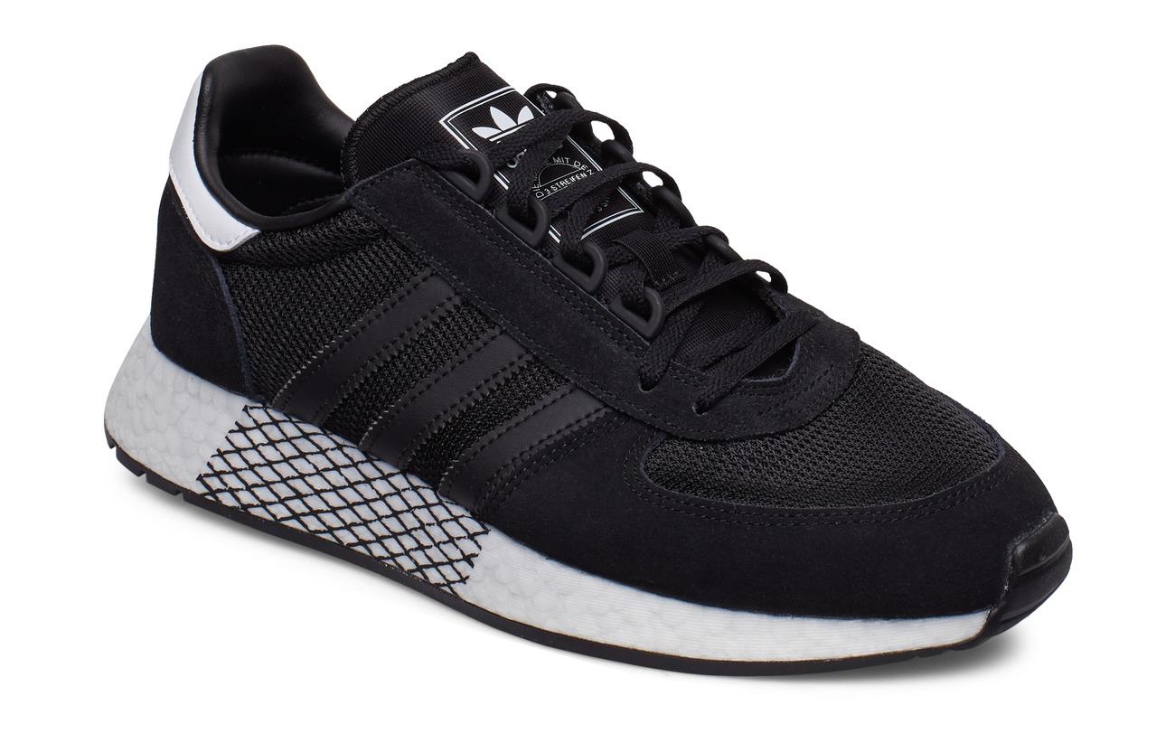 Marathon Tech Sneaker