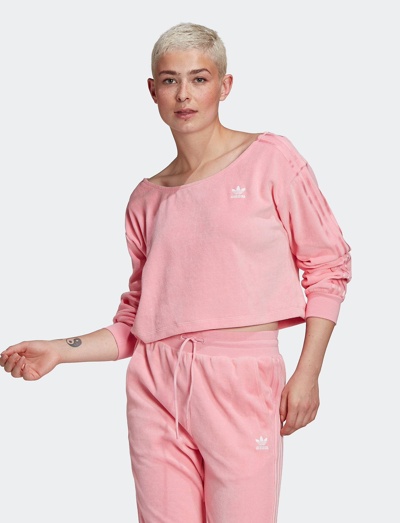 adidas Originals - Sweater W - sweatshirts - ltpink - 0