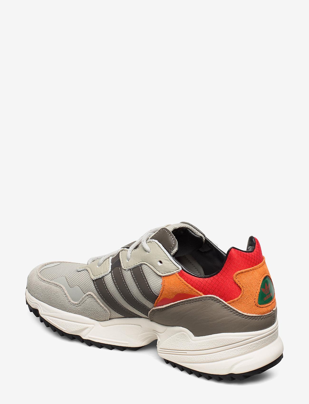 Yung-96 Trail (Sesame/trgrme/owhite) - adidas Originals