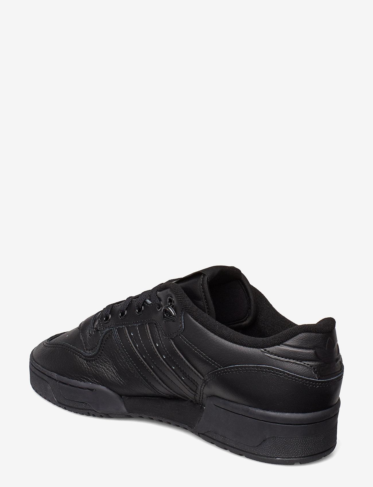 Rivalry Low (Cblack/cblack/ftwwht) (449.40 kr) - adidas Originals