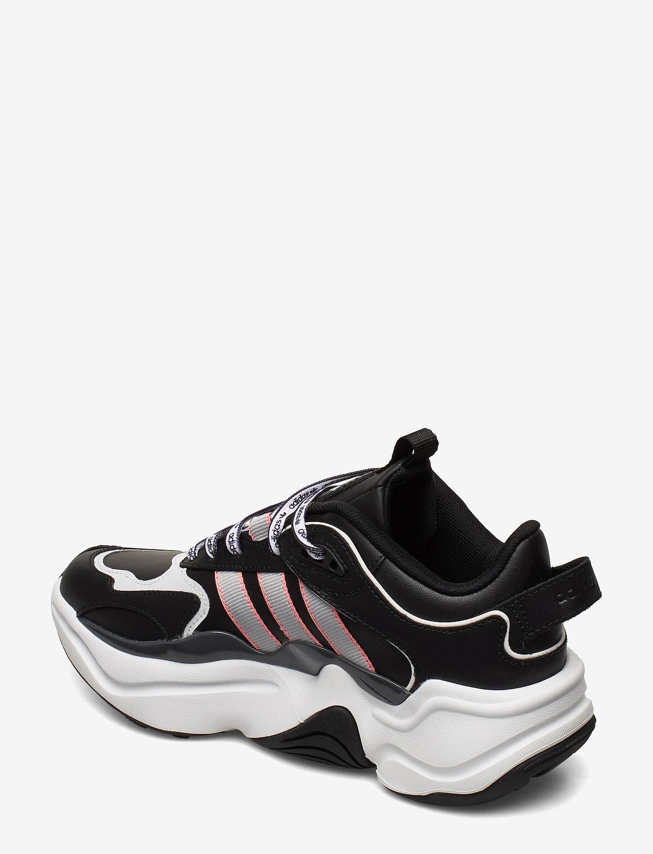 Magmur Runner W (Cblack/gretwo/glopnk) - adidas Originals