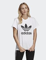 adidas Originals - BOYFRIEND TEE - logo t-shirts - white - 0